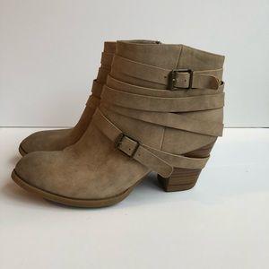 Just Fab Carli Tan Ankle Boots Sz 9
